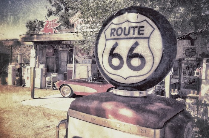 Route 66 Guided Trip on Motorcycle