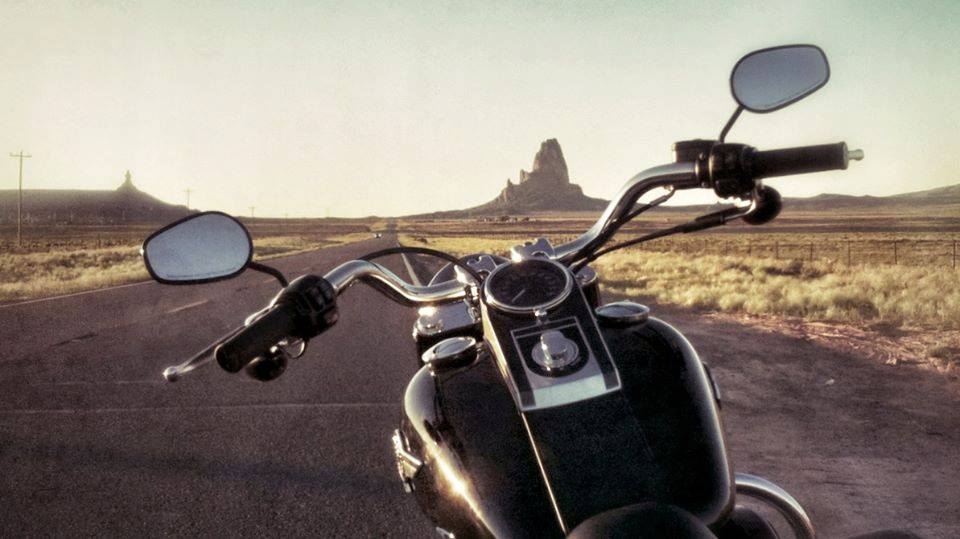 monument-valley-motorbike-tours